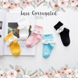 Lace Corrugated Socks